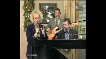 Nancy Harmon - In The Name Of Jesus I Take The Victory