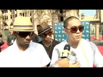 BET Awards 2008 - JABBAWOCKEEZ on the Red Carpet
