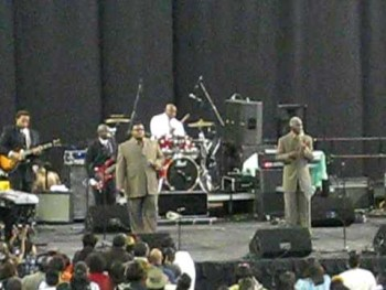 Lee Williams & The Spiritual QC's I Cant Give Up!!!