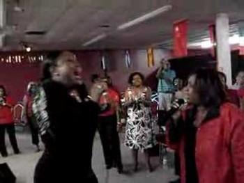 Earnest Pugh D'Atra Hicks and Kellee Johnson Call on Jesus!