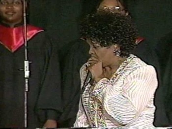 MAMA SHIRLEY CAESAR LIVE - DON'T DRIVE YOUR MAMA AWAY