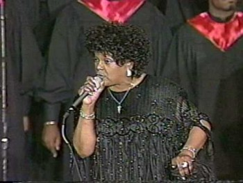 MAMA SHIRLEY CAESAR LIVE - YOU'RE NEXT IN LINE FOR A MIRACLE (TESTIMONY)