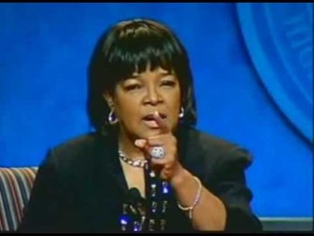 Pastor Shirley Caesar GIVES YOU AN ENCOURAGING WORD!