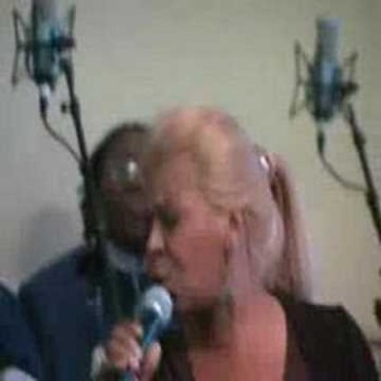 VANESSA BELL ARMSTRONG SINGS FOR DR. CAMPBELL'S BIRTHDAY OMG