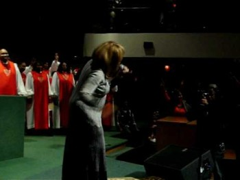 Vanessa Bell Armstrong at St. Stephen Church 002.MOV