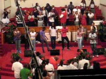 Tye Tribbett - Victory/Chasing After You (The Morning Song)