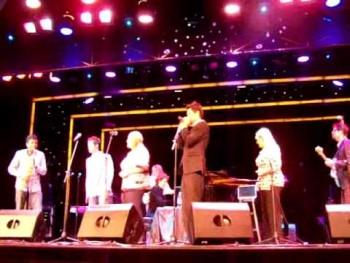 Crabb Family - Thankful w/ Jentzen Franklin on the sax