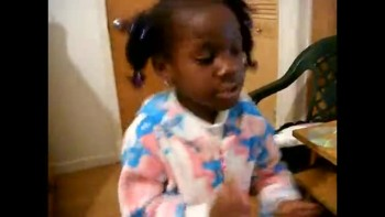 "Adorable Little Girl Sings ""It's The God In Me"" by Mary Mary"