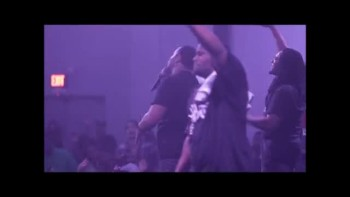 Gideonz Army ~ Thug Worship Live Performance