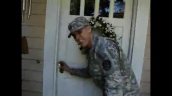 Soldier Surprises Mom With Homecoming