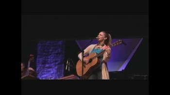 """Opening for Bebo Norman - Stephanie Pauline sings """"Wouldn't Want Me"""""""