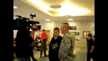 Soldier Dad Suprises Son at School
