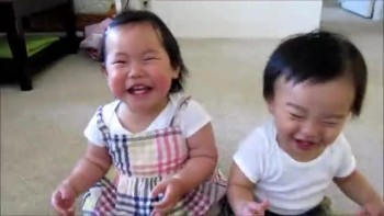 Absolultey Adorable - Toddlers Laugh at Water in Face