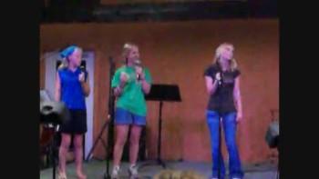 Liles girls sing How He Loves