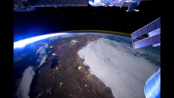 What does it feel like to fly over planet Earth?
