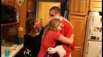 U.S. Soldier Dressed as Santa, Surprises Family!