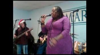 Motown Christmas( Thornetta Davis) at Mariner's Inn