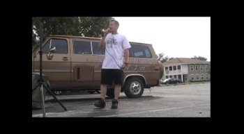 Loving Hands Ministries...Street Evangelism in Ebor City, FL (Joe Hamblen)