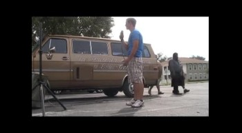 Loving Hands Ministries..Street Evangelism in Ebor City, Florida (Garret Gingerich)