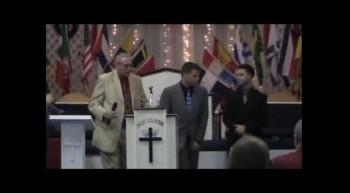 Cody Bartlett..Loving Hands Ministries..Fountain of Living Water Ft. Myers, FL (also translated en Espanol) Testimony
