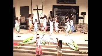Akua Praise - Girls of Deep Student Minsitries