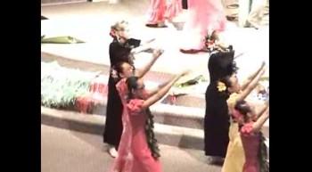 Akua Praise - Saddleback Church Hula Ministry - Ka'Ohana Ho'Onani  - Lord of the Islands