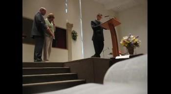 U.S. Army Sergeant Surprises Parents During Church