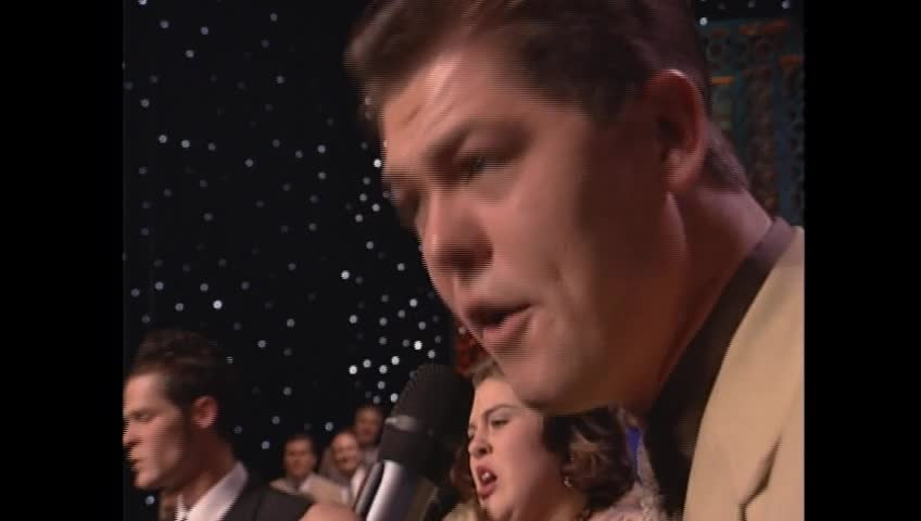 The Crabb Family From Bill and Gloria Gaither - Through the Fire [Live]