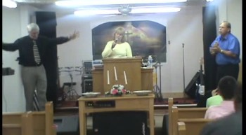 THE CARTER FAMILY SINGING AT VICTORY FAITH CENTER HOLINESS CHURCH IN SPARTANBURG SC MY SAVIORS PRECIOUS BLOOD