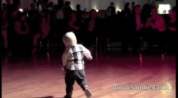 Adorable 2 year-old dances the Jive