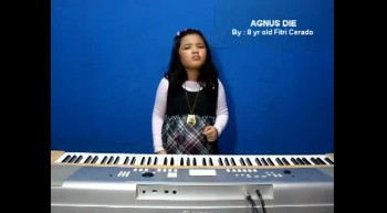 Amazing Child Singer - Fitri Cerado Sings Agnus Dei