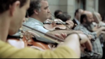 Very cool symphony flash mob in Spain!