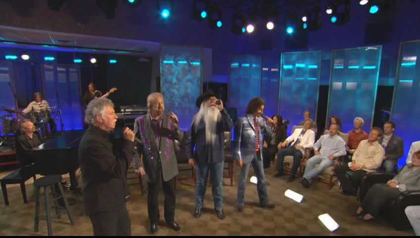The Oak Ridge Boys - Where the Soul Never Dies (Live)