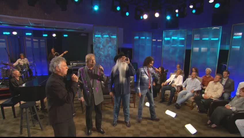 The Oak Ridge Boys - Where the Soul Never Dies (Live)