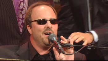 Gaither Vocal Band and Gordon Mote - Get Up in Jesus' Name (Live)