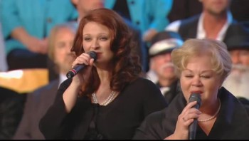 Tanya Goodman Sykes, Becky Isaacs Bowman and Charlotte Ritchie - This Is Just What Heaven Means to Me [Live]