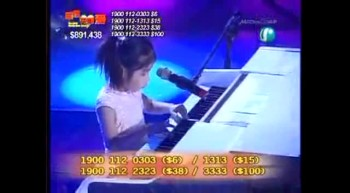 Blind Korean Little Girl Is an Amazing Pianist