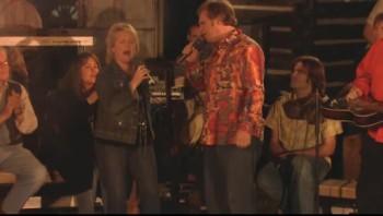 Jeff Sheri Easter and Steve Easter - Livin' in the Rain [Live]