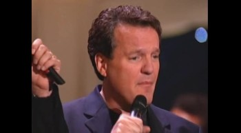 Gaither Vocal Band - He's Watching Me [Live]