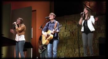 Daves Highway Beautifully Sings Hosanna