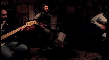 Faithland - I Run to You (Basement demo)