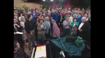 Bill and Gloria Gaither - Everybody Will Be Happy Over There (Live)