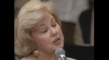 Bill  Gloria Gaither - Give Them All to Jesus (Live)