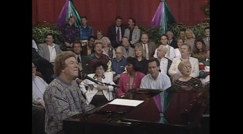 Bill Gloria Gaither - When You Pray (Live)