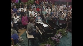 Bill  Gloria Gaither - Grace Greater Than Our Sin (Live)