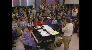 Bill Gloria Gaither - I'll Meet You in the Morning (Live)