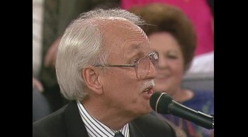 Vestal Goodman, Ben Speer, Bill Gaither, Gary McSpadden and Jessy Dixon - Medley: Revive Us Again / I Just Feel Like Something Good Is About to Happen [Live]