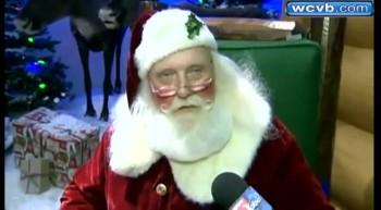 Santa Surprises Deaf Boy With the Sweetest Surprise