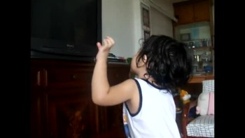 Sweet Toddler Sings Praises to God - SO ADORABLE!