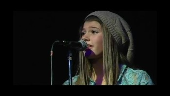 12 Year-Old Writes Performs Moving Song For Her Mom Battling Cancer
